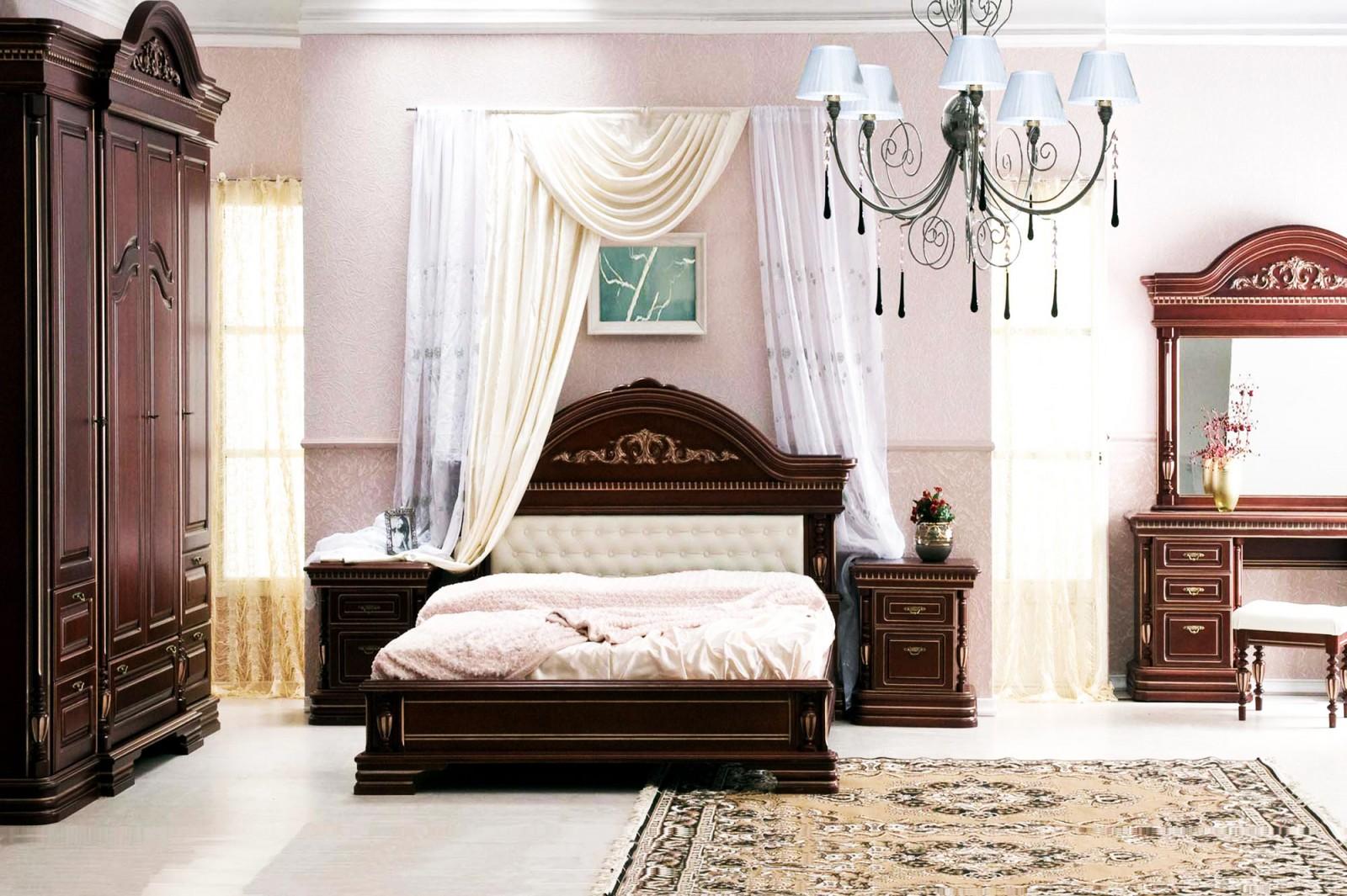 спальный гарнитура в интерьере спальни в классическом стиле