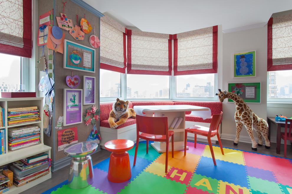 Оформление комнаты для двух детей в эркерной зоне