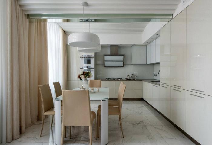 Ремонт кухни в стиле Хай-тек в тёплых бежевых цветах