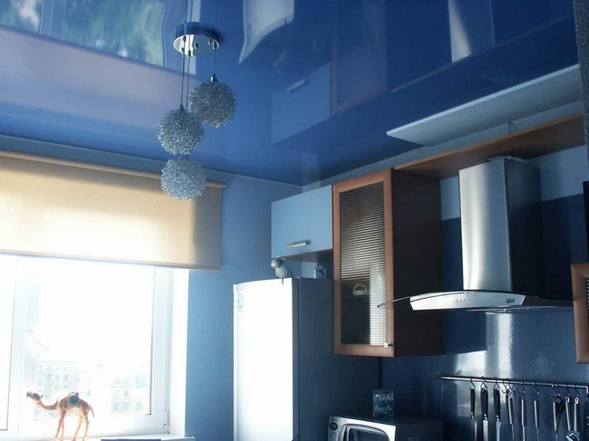 Кухняв синем цвете