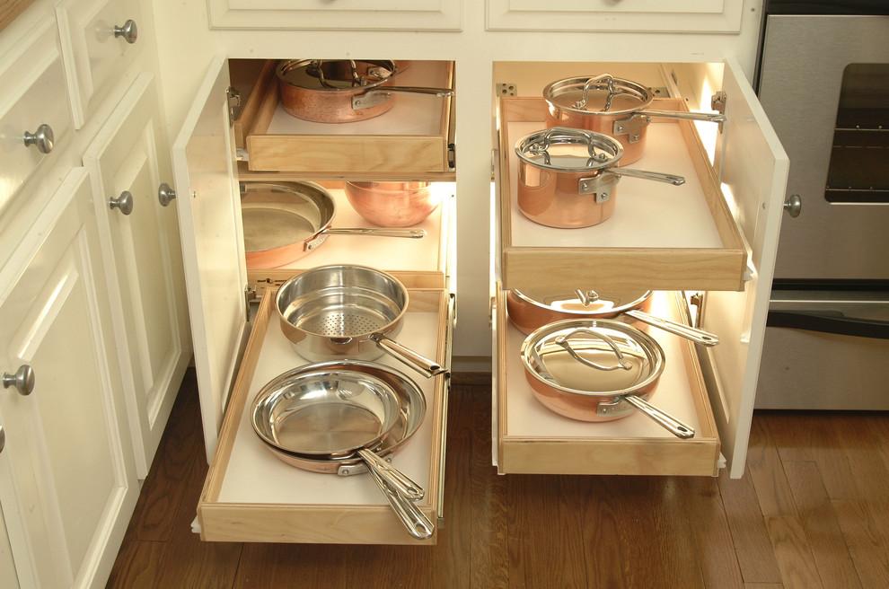 Система хранения для кастрюль и сковородок