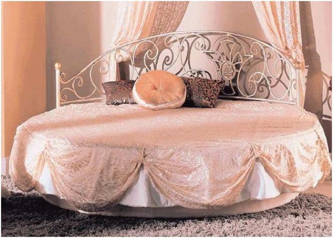 Кованые кровати
