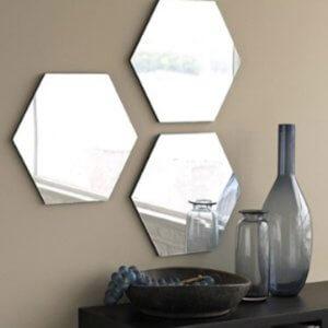 Как приклеить зеркало к стене: на заметку домашнему мастеру