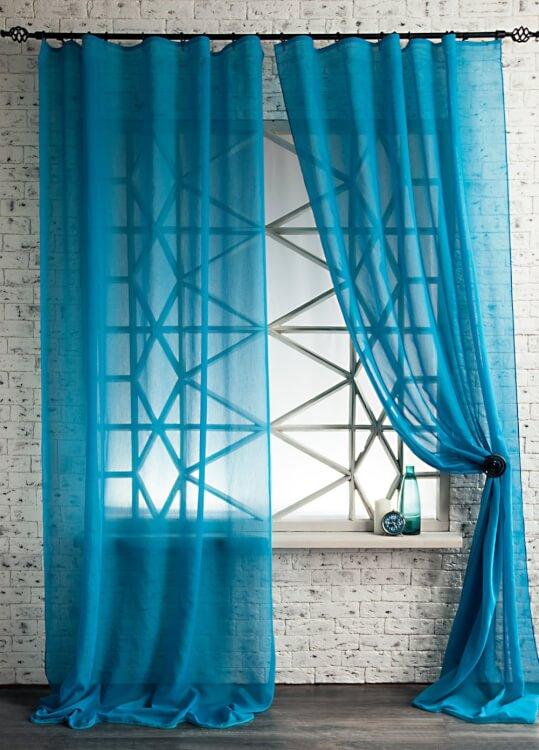Вуалевые шторы бирюзового цвета