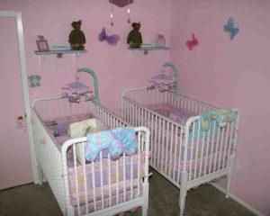 отдельные кроватки для двойни