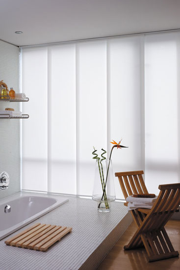 Японские шторы в ванной