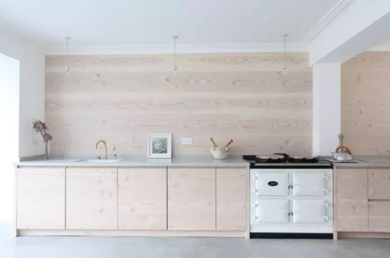 Одноярусный кухонный гарнитур для кухни в скандинавском стиле