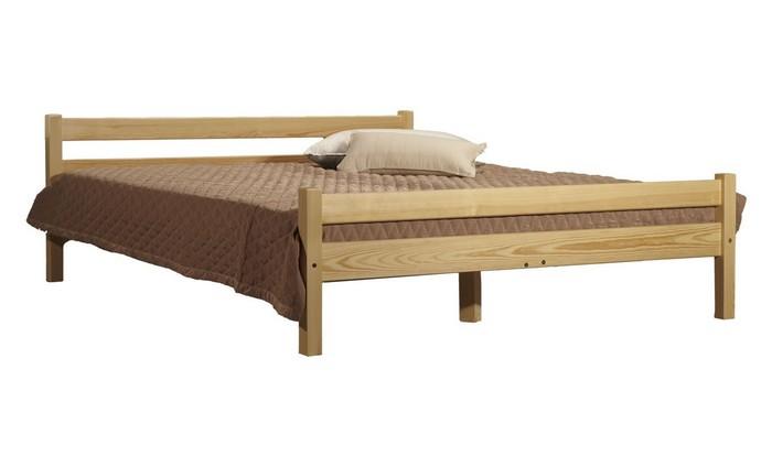 Деревянная кровать простой конструкции