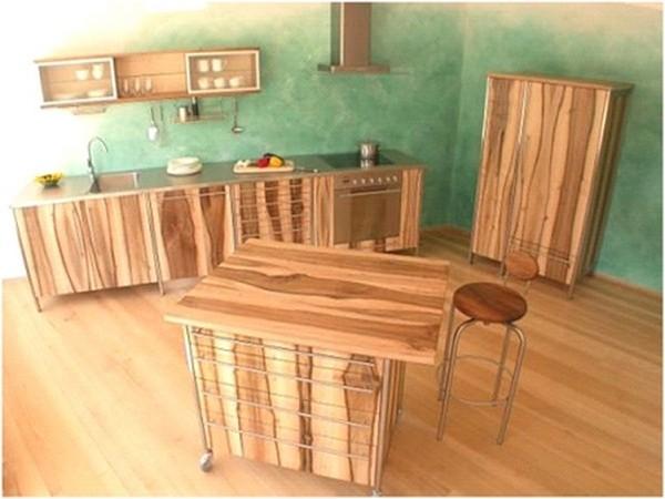 Дизайн интерьера кухни из натурального дерева