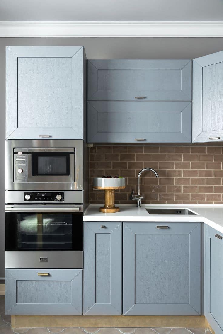 Правильно расположение бытовой техники на маленькой кухне дает возможность создать эргономичное и функциональное пространство