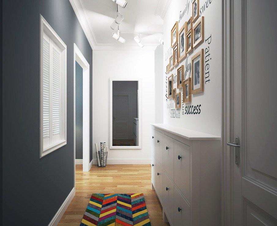 Ремонт маленькой прихожей: споты (точечные светильники) вдоль всего потолка