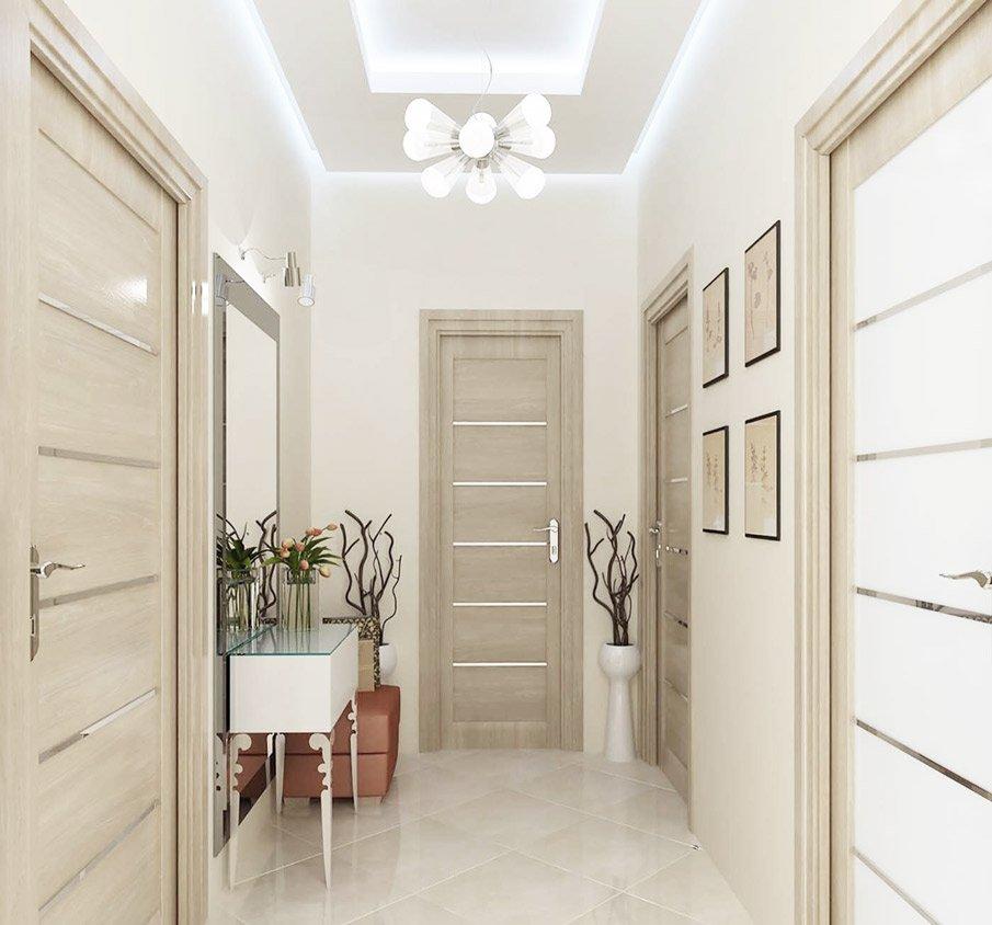 Двухуровневый потолок в маленькой прихожей с рассеянным светом