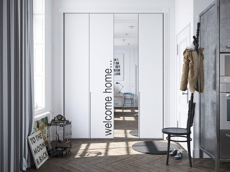 Встроенный шкаф-купе с зеркалом в прихожей