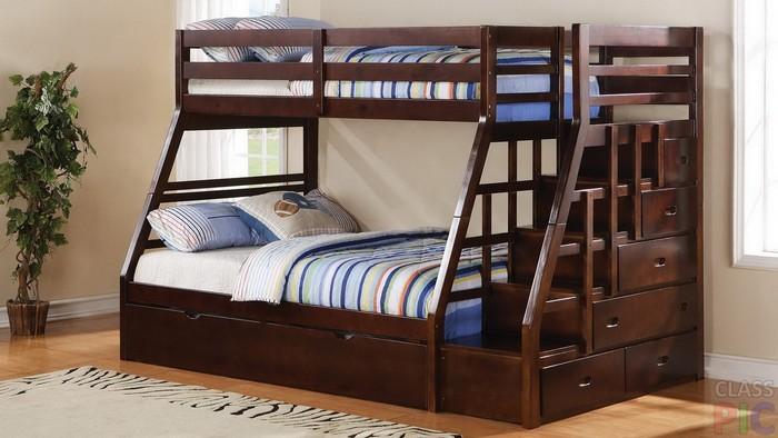 Двухъярусная кровать из натурального дерева