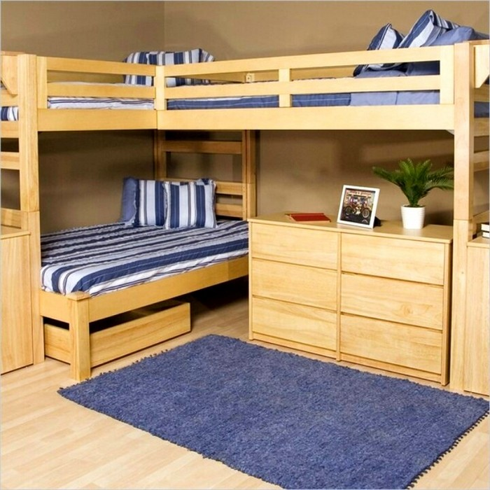 Двухъярусная кровать с тремя спальными местами и тумбой