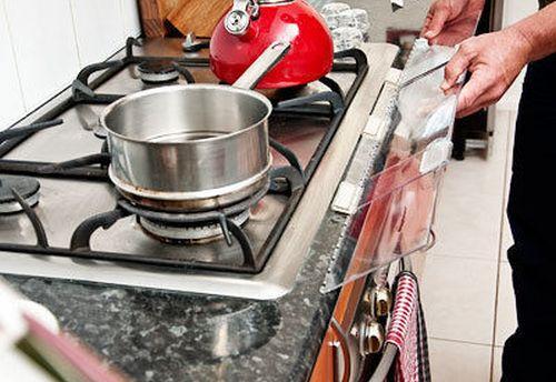 Защитный экран для газовой плиты