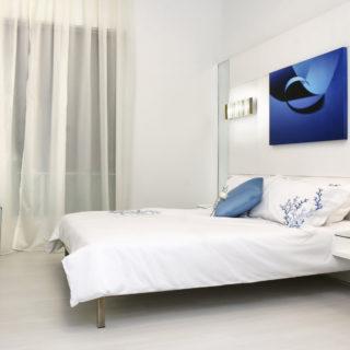 Белая спальня — стильный и комфортный дизайн спальной комнаты (120 фото)