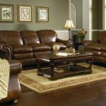 диван с эффектом состаренной кожи
