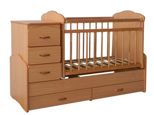 Детская кроватка из ДСП