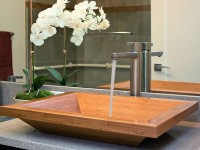 ванная кантри стиля с накладной раковиной