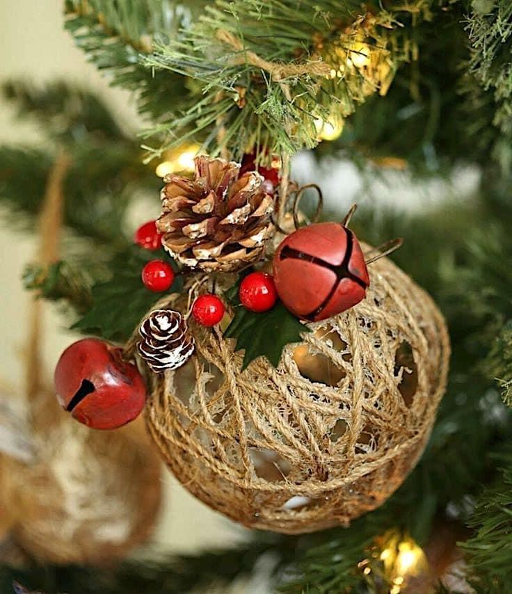Интересный вариант оформления новогодней ёлки