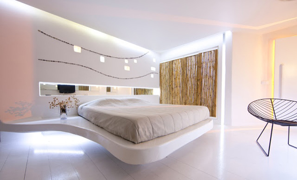 Подсветка в спальне закарнизная