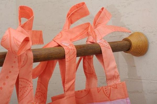 Деревянная штанга для шторки