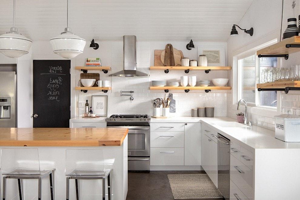 Белоснежная кухня в современном стиле