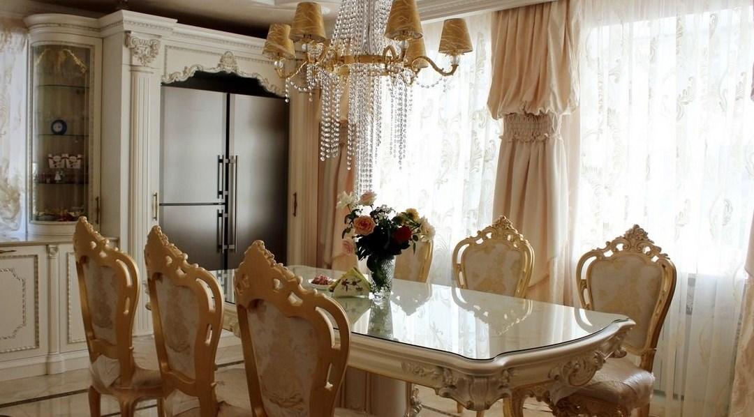 Пример кухни интерьера барокко стиля на примере фотографии