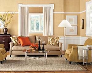 Диван и кресла в интерьере гостиной.