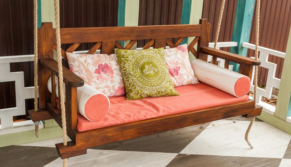 Подвесной диванчик на лоджии своими руками