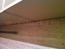 Навесные шкафы закрывают собой крепеж панели