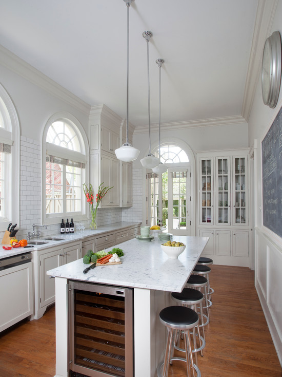 дизайн узкой кухни фото интерьер