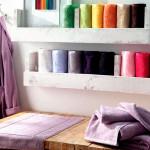 Цветные свечи, банный халат, полотенца