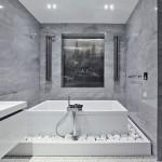 Вальш-окно в ванной комнате