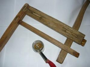 Подготовленный столярный клей