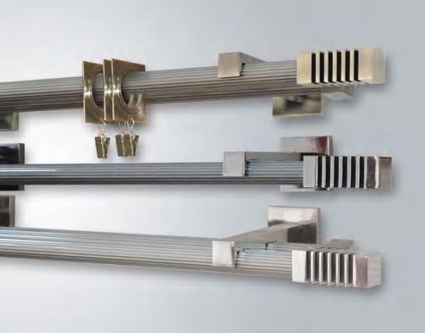 Штанговые алюминиевые карнизы могут стать ответом на вопрос, какие карнизы для штор лучше, если комната оформлена в стиле минимализма или хай-тек