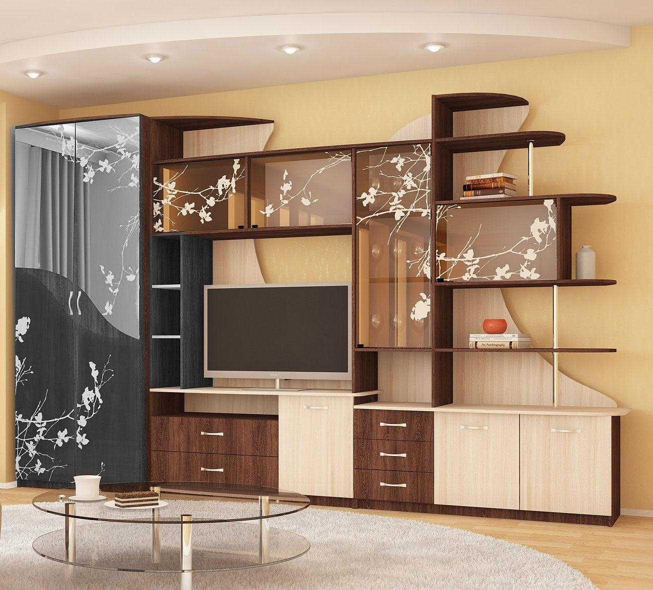 светлый дизайн гостиной комнаты со стенкой для обуви