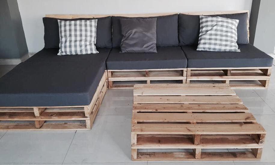 угловой диван из поддонов серый матрас