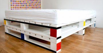 Кровать из поддонов красивая