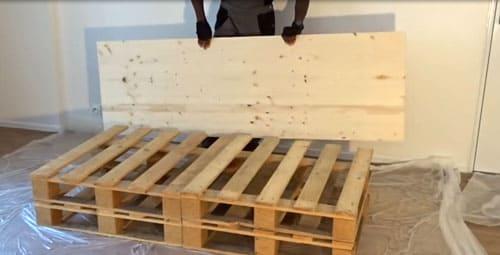 Пошаговая инструкция сборки кровати из поддонов