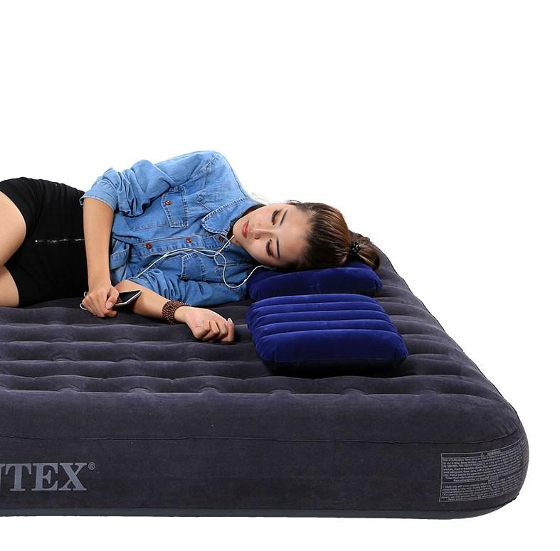 Ортопедический надувной матрас intex