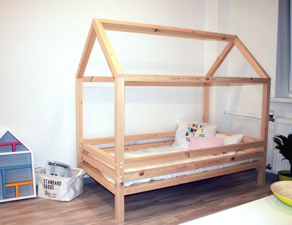 Фото Кровать домик