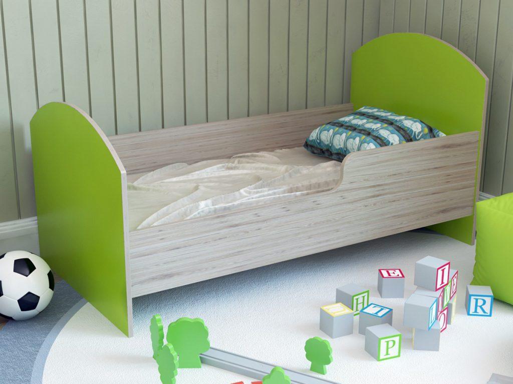 Размер кровати 120 на 60см.
