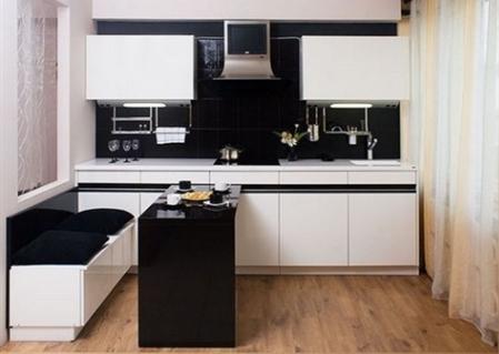 Стол прямоугольный для маленькой кухни