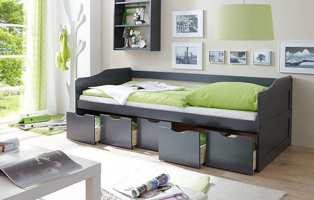 Размер кровати 195 на 80 см.