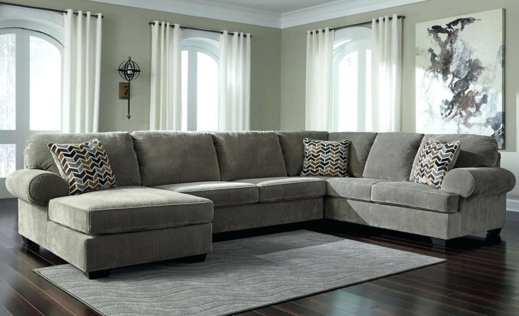 Как выбрать диван для всей семьи